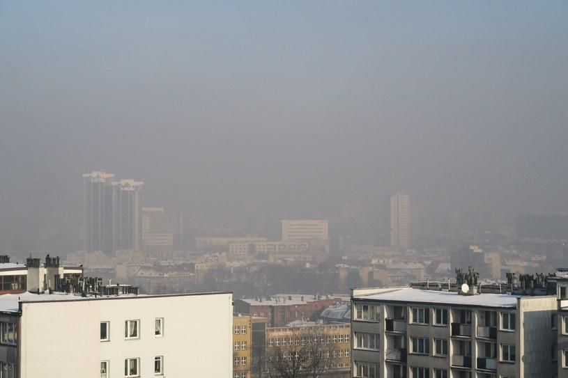 Smog w Katowicach, zdj. ilustracyjne /Tomasz Kawka /East News
