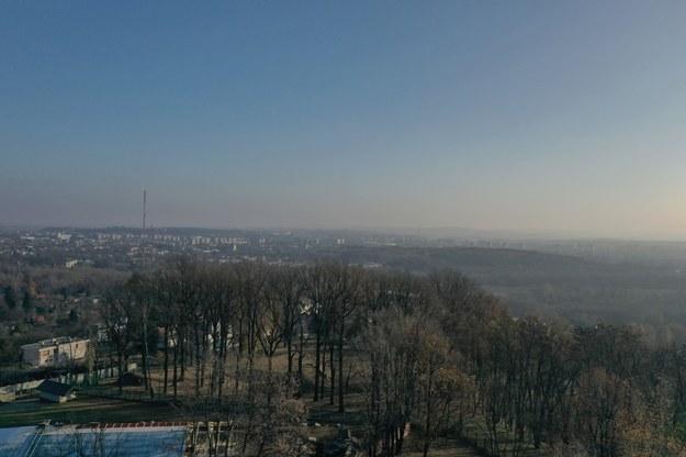 Smog dusi Małopolskę. Darmowa komunikacja w Krakowie