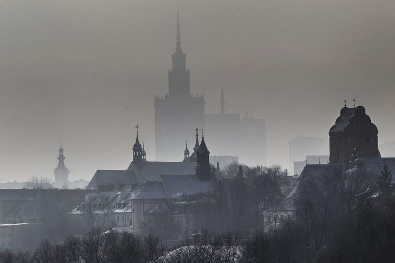 Smog w Warszawie, zdj. ilustracyjne /Wojciech Olkuśnik /East News