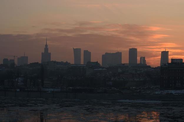 Smog w Warszawie /AFP