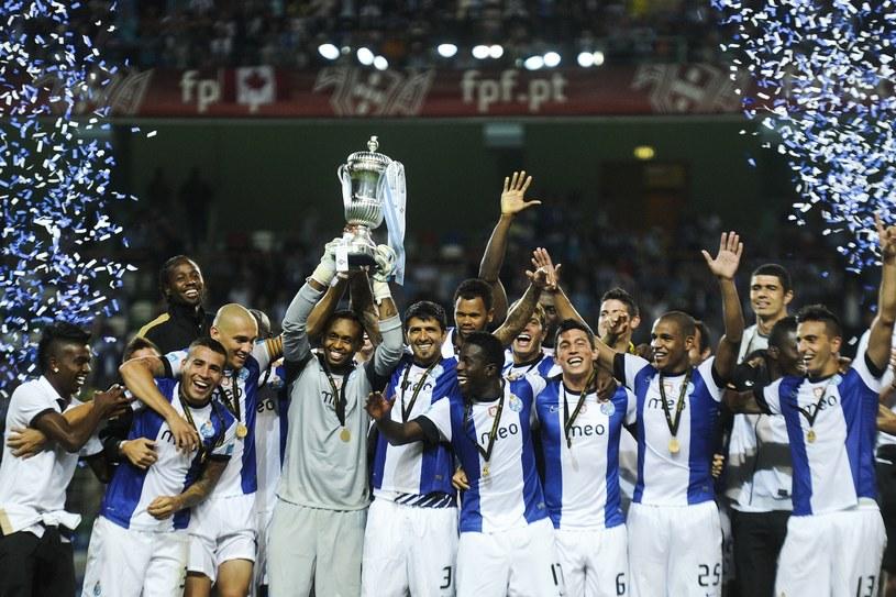 """""""Smoki"""" zdobyły Superpuchar Portugalii po raz czwarty z rzędu i 19. w historii /AFP"""