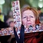 Smoleńska rocznica: Manifestacja i miasteczko namiotowe