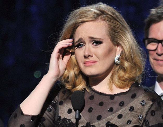 Smutna Adele śpiewa smutne piosenki fot. Kevin Winter /Getty Images/Flash Press Media