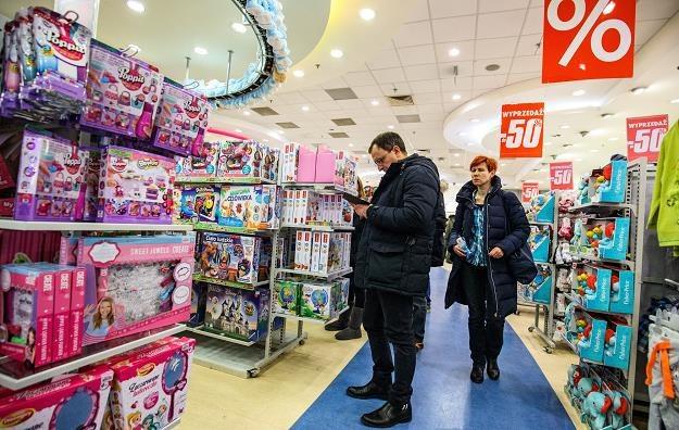 Smyk wycofuje się z Rosji. Fot. Andrzej Stawiński /Reporter