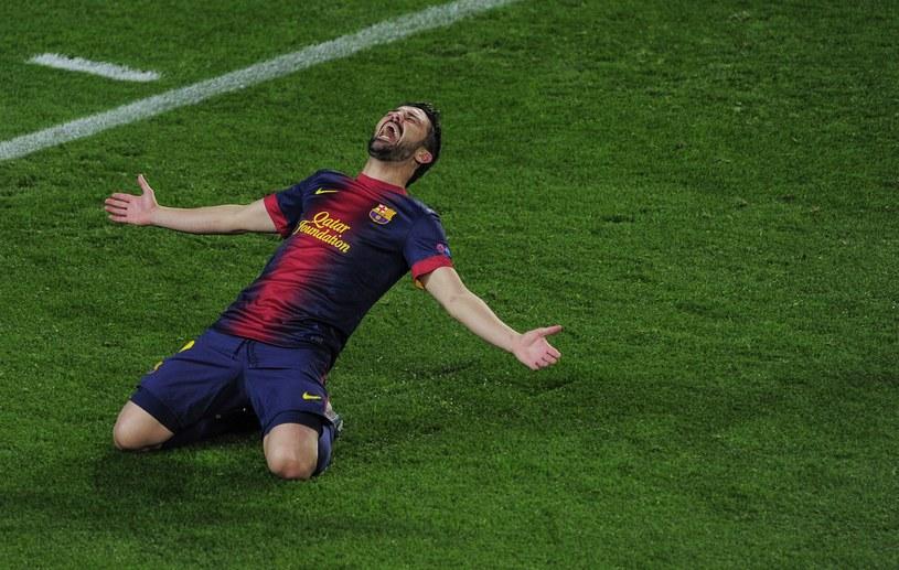 Snajper Barcelony David Villa cieszy się ze zdobycia gola w meczu z Milanem /AFP