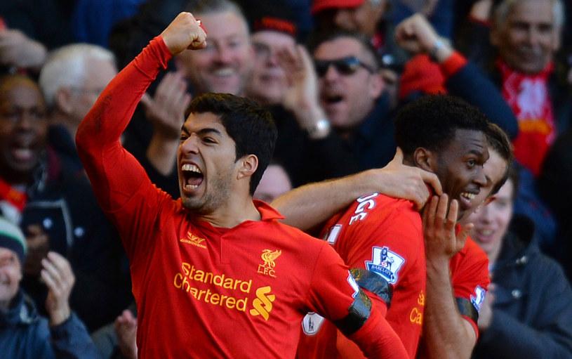 Snajper Liverpoolu Luis Suarez może zostać bohaterem letniego okienka transferowego /AFP