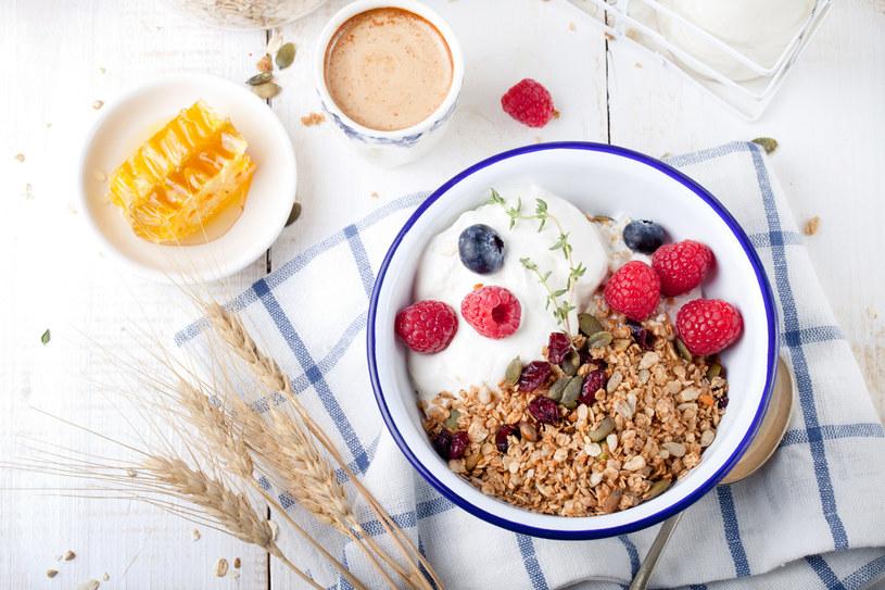 Śniadanie najwazniejszym posilkiem dnia? Niekoniecznie. Według zwolenników postu przerywanego pominiecie tego posiłku moze być korzystne /123RF/PICSEL