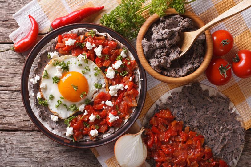 Śniadanie w meksykańskim stylu /123RF/PICSEL