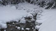 Śnieg całkowicie przykrył trasy wycieczkowe w Tatrzańskim Parku Narodowym