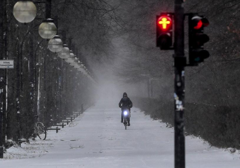 Śnieg w Berlinie /PAP/EPA