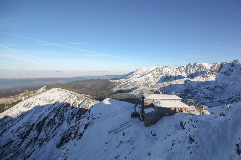Śnieg w górach (zdjęcie ilustracyjne) /Michał Adamowski /Reporter