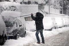 Śnieg w Rzymie, stolica Włoch sparaliżowana