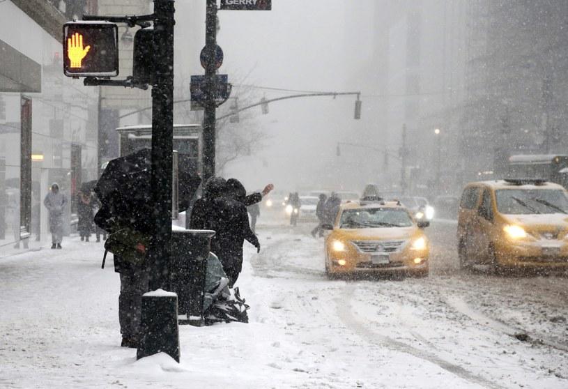 Śnieżyca w Nowym Jorku /PAP/EPA