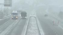 Śnieżyce nie odpuszczają w Europie. Zasypane drogi zmorą kierowców w Strasbourgu