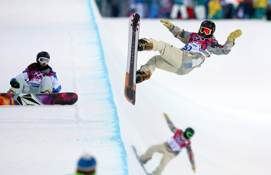 Snowboardziści w czasie treningu /JENS BUETTNER    /PAP/EPA