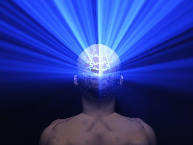 Sny świadome wciąż stanowią zagadkę dla naukowców /123RF/PICSEL