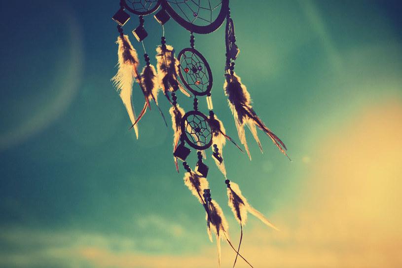 Sny towarzyszą nam od zawsze. Symbole takie, jak łapacz snów, mają chronić nas przed koszmarami /123RF/PICSEL