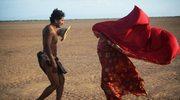 """""""Sny wędrownych ptaków"""": Indiański taniec przejścia"""