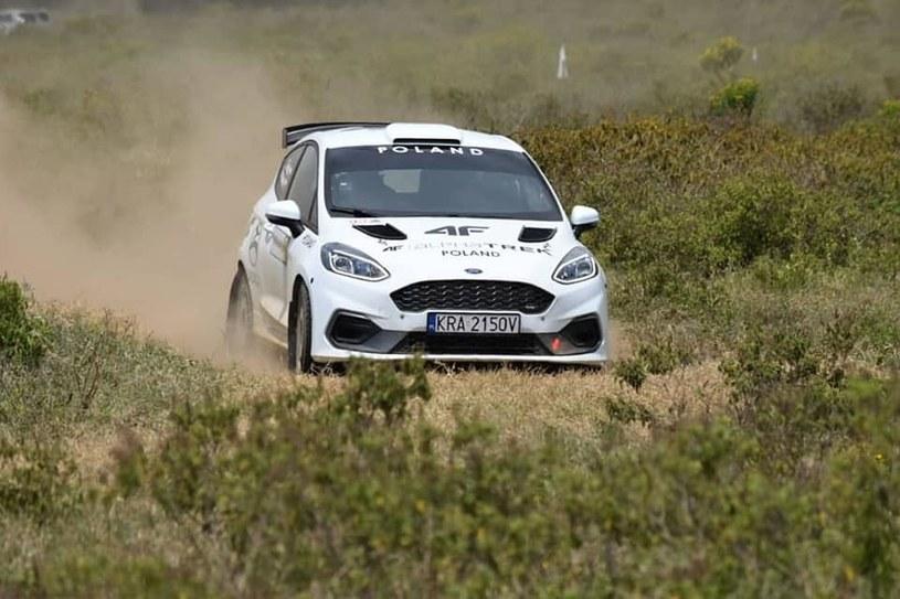 Sobiesław Zasada podczas testów / Fot: Safari Rally Kenya /