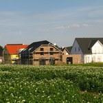 Soboń: Właściciele samowoli budowlanych starszych niż 20 lat będą mogli je zalegalizować