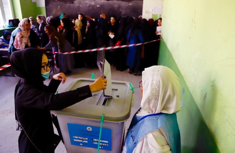 Sobotnie wybory parlamentarne w Afganistanie są trzecimi od odsunięcia od władzy talibów w 2001 roku /JAWAD JALALI /PAP/EPA
