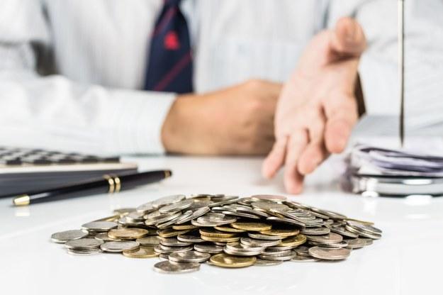 Socjolog zarobi w handlu nawet 13 000 zł /123RF/PICSEL