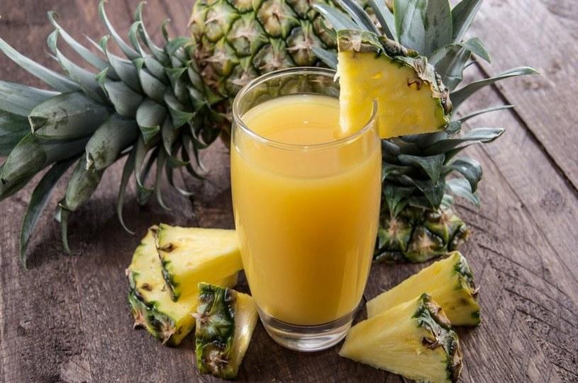 sok ananasowy /© Photogenica