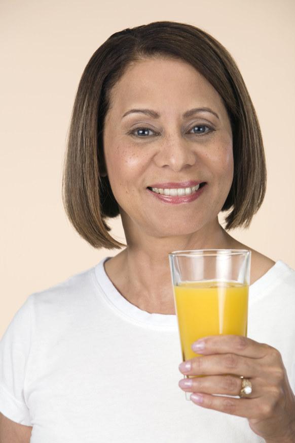 sok pomarańczowy właściwości - krok 2 /© Photogenica