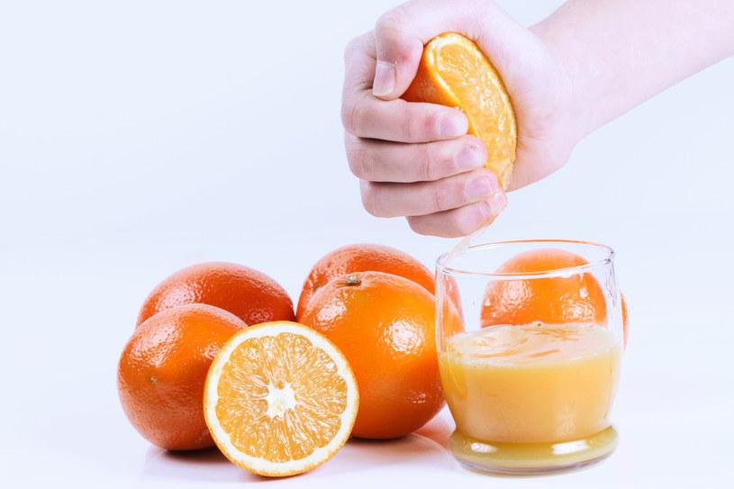 sok pomarańczowy właściwości - krok 3 /© Photogenica