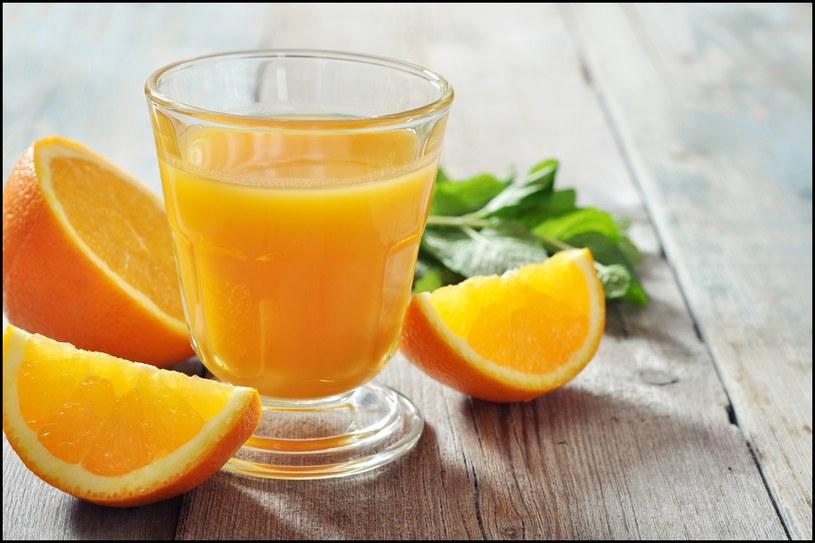 sok pomarańczowy /© Photogenica