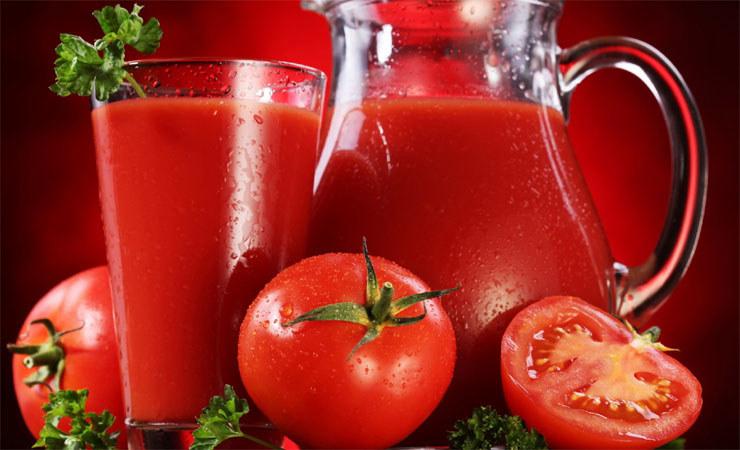sok pomidorowy /© Photogenica