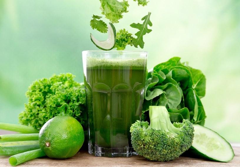 Sok z zielonych warzyw /© Photogenica