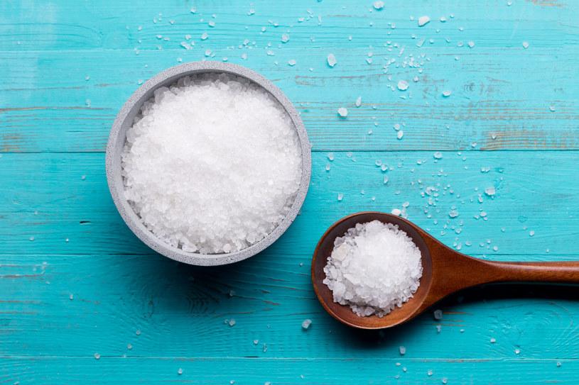 Sól wpływa niekorzystnie na pracę serca /123RF/PICSEL