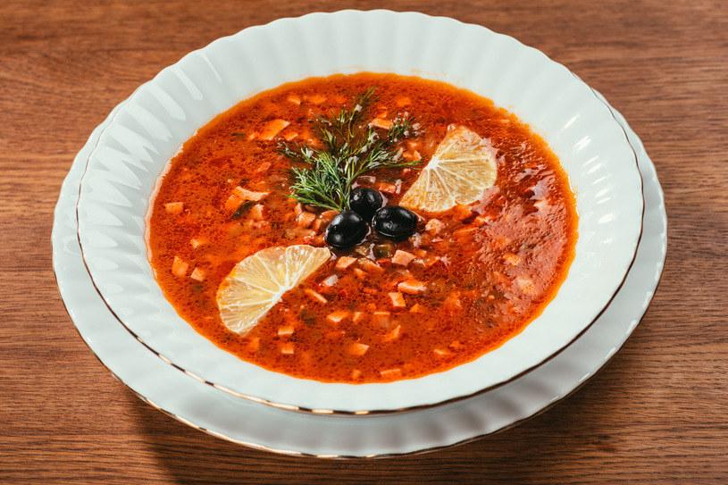 Solanka zachwyca nie tylko smakiem, ale i wyglądem - pięknie prezentuje się na stole /123RF/PICSEL