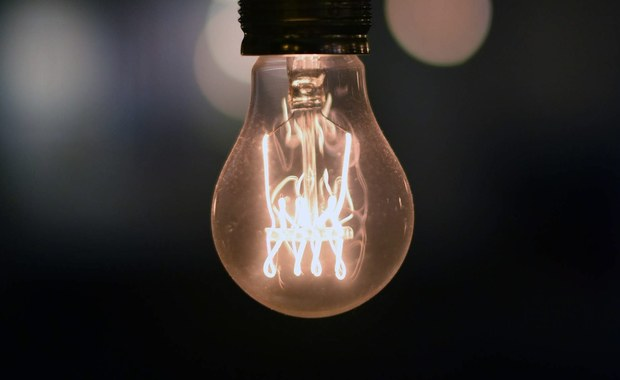 Solidarność: Państwo powinno złagodzić skutki wzrostu cen prądu
