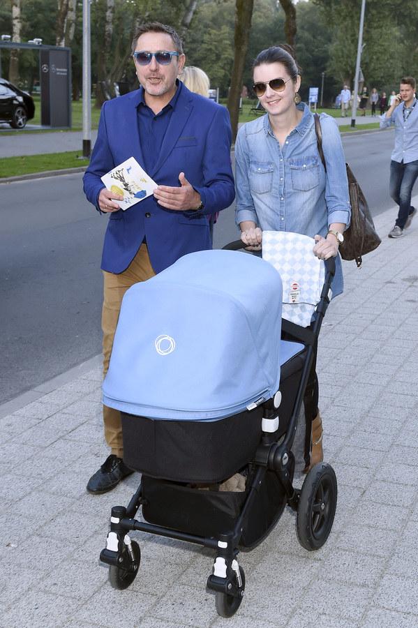 Sołtysik z żoną i synem /Kurnikowski /AKPA