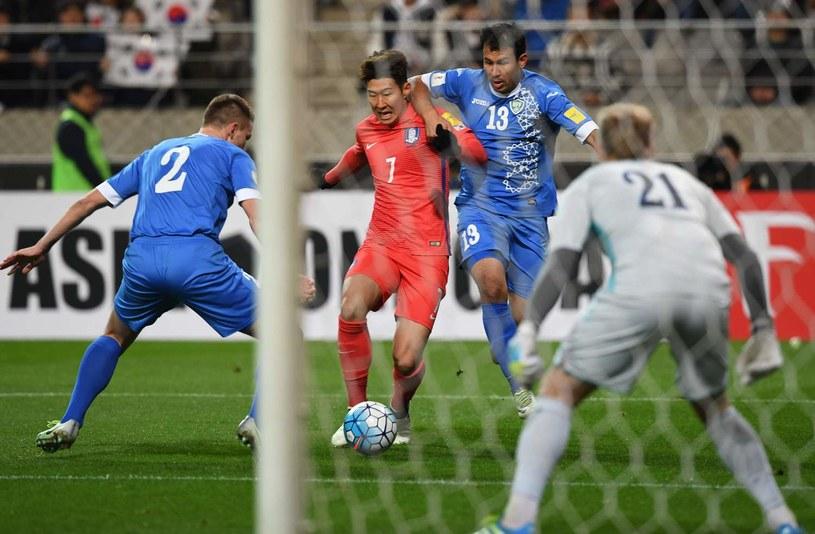 Son Heung-Min podczas meczu z Uzbekistanem /AFP