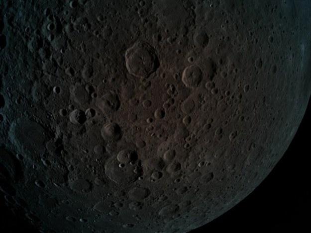 Sonda Beresheet wykonała to zdjęcie 4 kwietnia 2019 roku z wysokości 470 km /© SpaceIL/Eliran Avital /Materiały prasowe