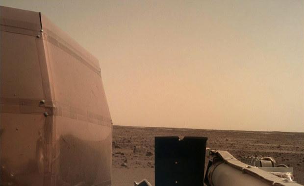 Sonda InSight przesłała kolejne zdjęcie z Marsa