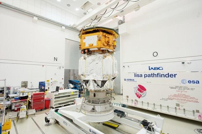 Sonda LISA Pathfinder może rozwiązać tajemnice fal grawitacyjnych /materiały prasowe
