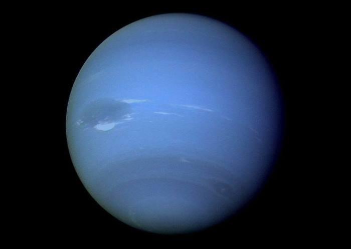 Sonda Voyager 2 agencji NASA przeleciała w pobliżu systemu Neptuna w sierpniu 1989 roku /NASA