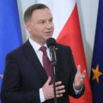 Sondaż: Andrzej Duda liderem zaufania. Donald Tusk na podium