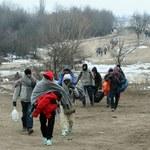 Sondaż CBOS: Polacy przeciwni przyjmowaniu uchodźców