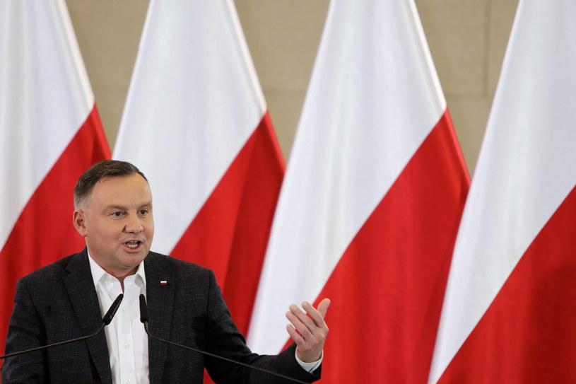Sondaż IBRiS dla Onetu: Polacy najchętniej zaprosiliby na obiad Andrzeja Dudę / Leszek Szymański    /PAP