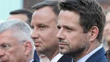Sondaż: Trzaskowski wchodzi do drugiej tury, ale przegrywa z Dudą