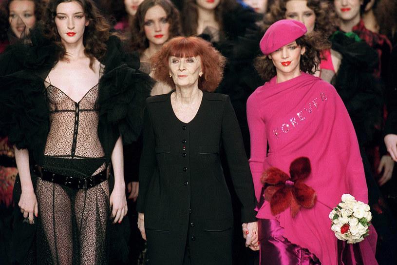 Sonia Rykiel podczas pokazu kolekcji jesień/zima 2000/2001 /East News