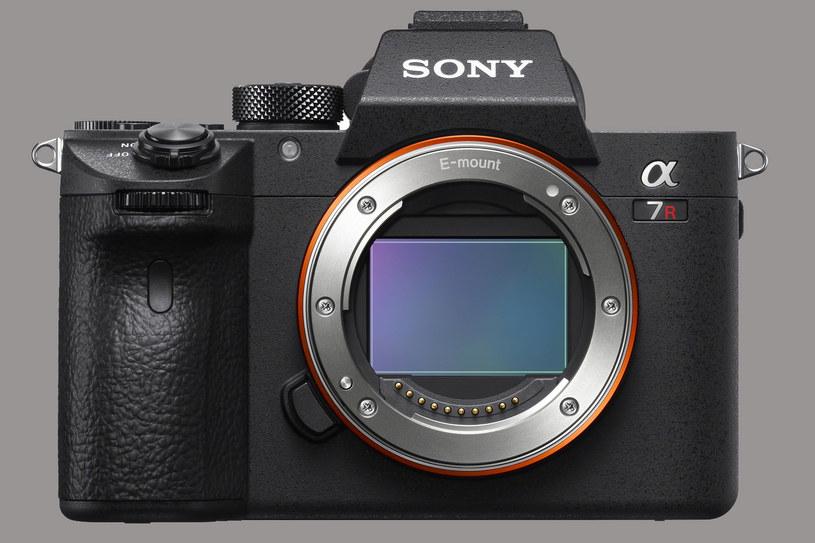 Sony Alfa 7R III /materiały prasowe