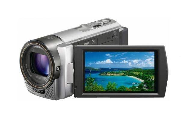 Sony HDR-CX130 - bardzo dobra kamera dla amatora wideo /materiały prasowe