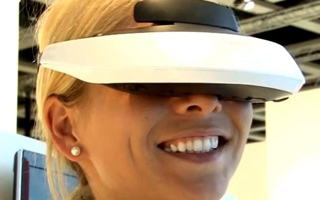 Sony HMZ-T2 - zdjęcie okularów pochodzi z serwisu YouTube /materiały prasowe