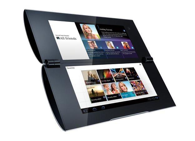 Sony Tablet P - dwuekranowy gadżet jest już dostępny w Polsce /INTERIA.PL